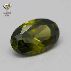 8*10mm Oval Cut Synthetic Peridot Cubic Zirconia