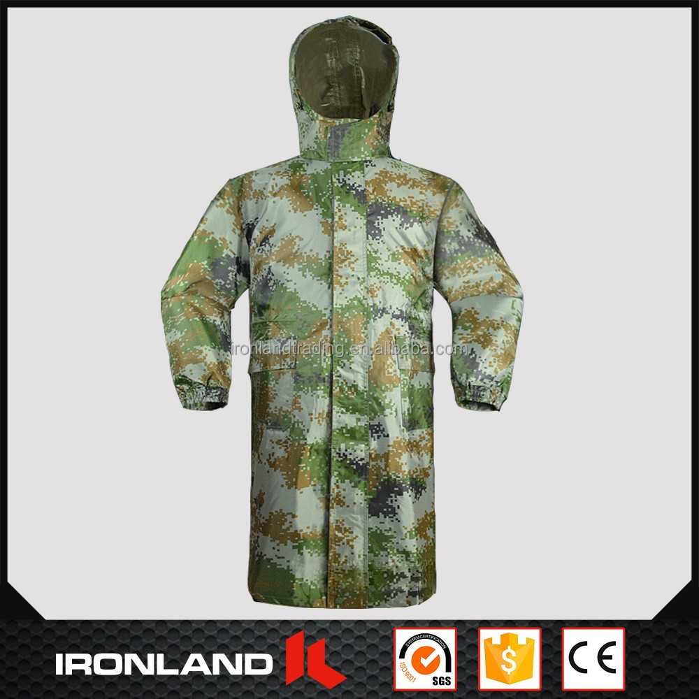 2017 wholesale high quality camouflage men's polyester rain jacket
