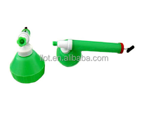 iLot Mini Manual Plastic Fit-style Garden Duster Sprayer with 350ml Bottle