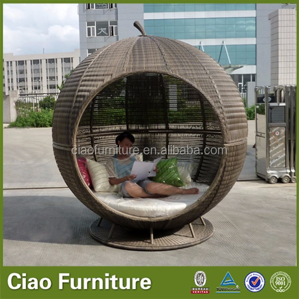 2019 outdoor furniture  Aluminum f<em></em>rame rattan sofa bed
