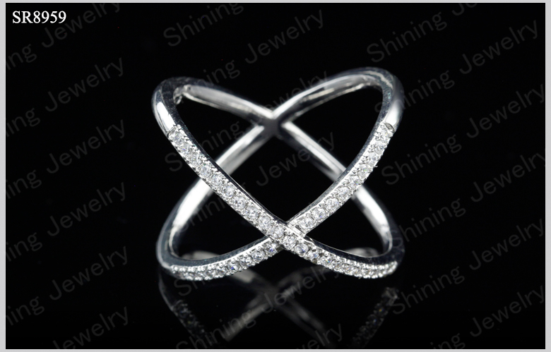 "925 Sterling Silver White CZ Criss Cross Single /""x/"" Long Ring"