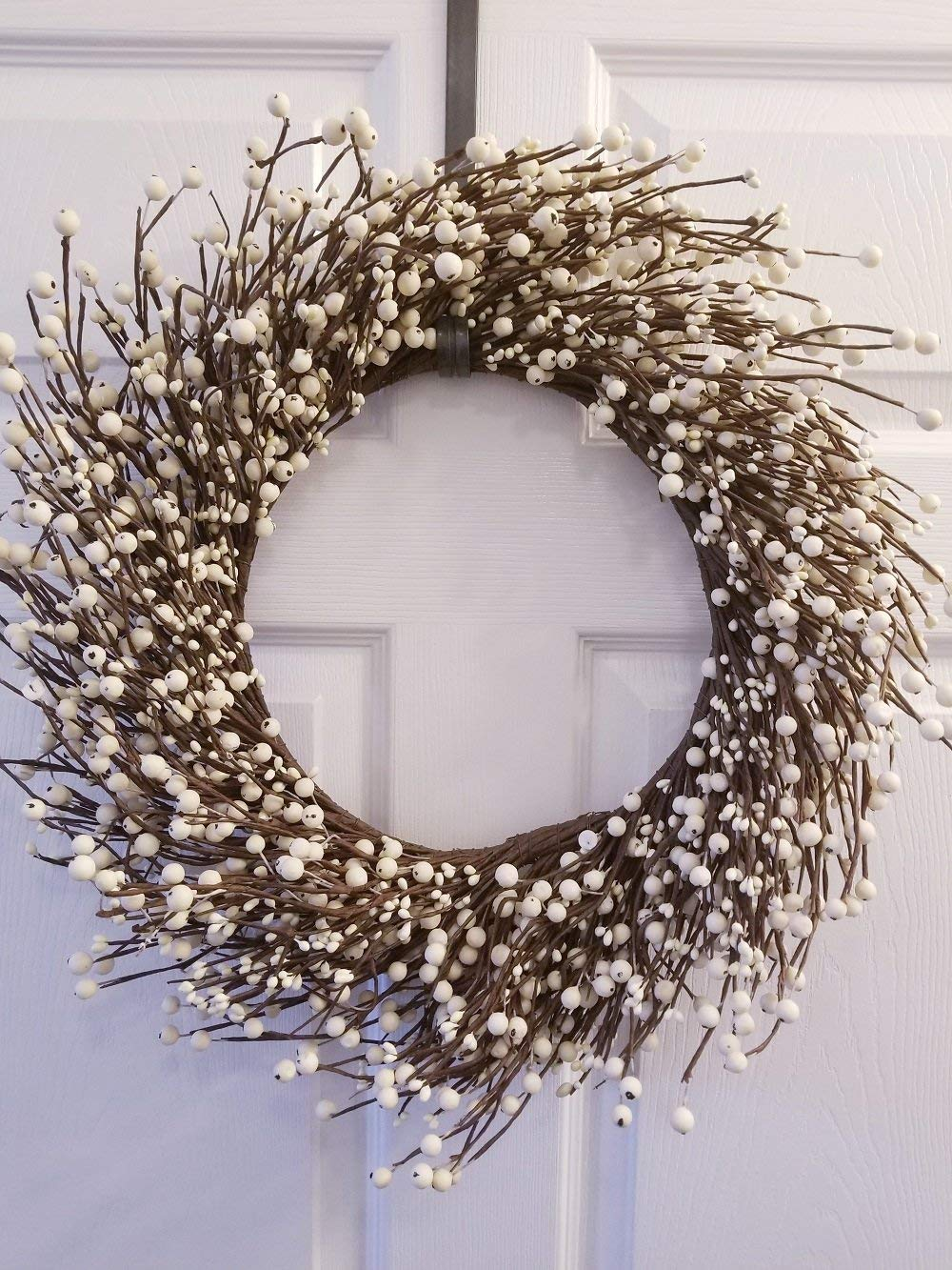 "Pip Berry Combo Wreath 18"" Cream"