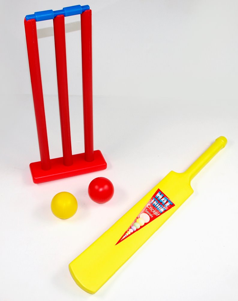 Outdoor Sports Toy Plastic Cricket Game Set with Bat and Ball set for Kids