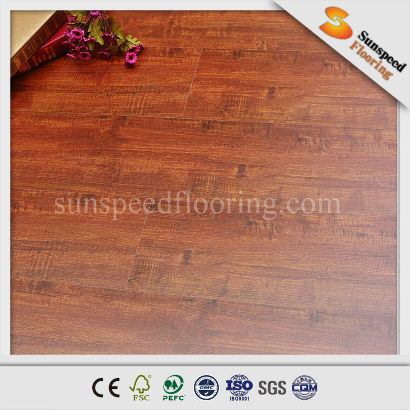 Manufacturer in China for 12 years offering best oak laminate wood flooring price of 7mm/8mm/10mm/11mm/12mm