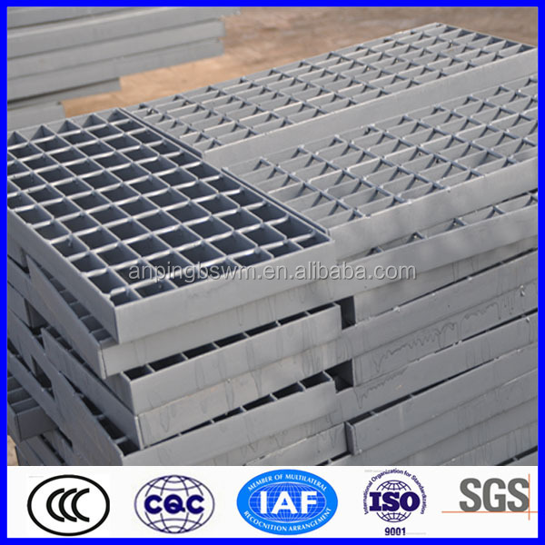Steel high banded ends grating driveway
