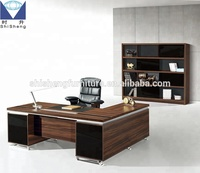 Classic Office Desk Furniture In riyadh