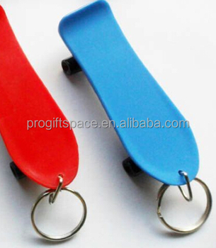new promotional gift wholesale hand sport fabric blank key chain craft polyester red/blue felt skateboard keychain made in China
