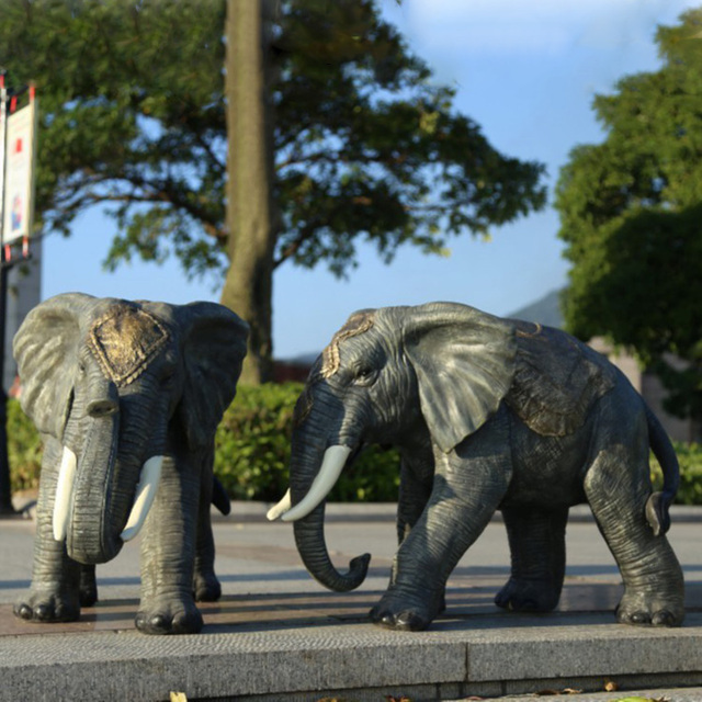 Garden Decoration High Quality Outdoor Animal Indian Life Size Large Resin Elephant  Statues
