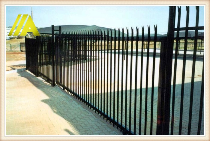 palisade fence 010 height w profile steel fences raleigh buy steel fences raleigh europe. Black Bedroom Furniture Sets. Home Design Ideas