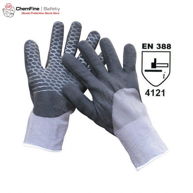 15G Nylon Knitted Glove with Ultrafine Nitrile Foam Half Coating and PVC Criss-cross on Palm and Elastic Knit Wrist/ EN388:4121