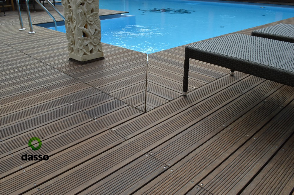 Bamboo outdoor flooring gurus floor for Bamboo flooring outdoor decking