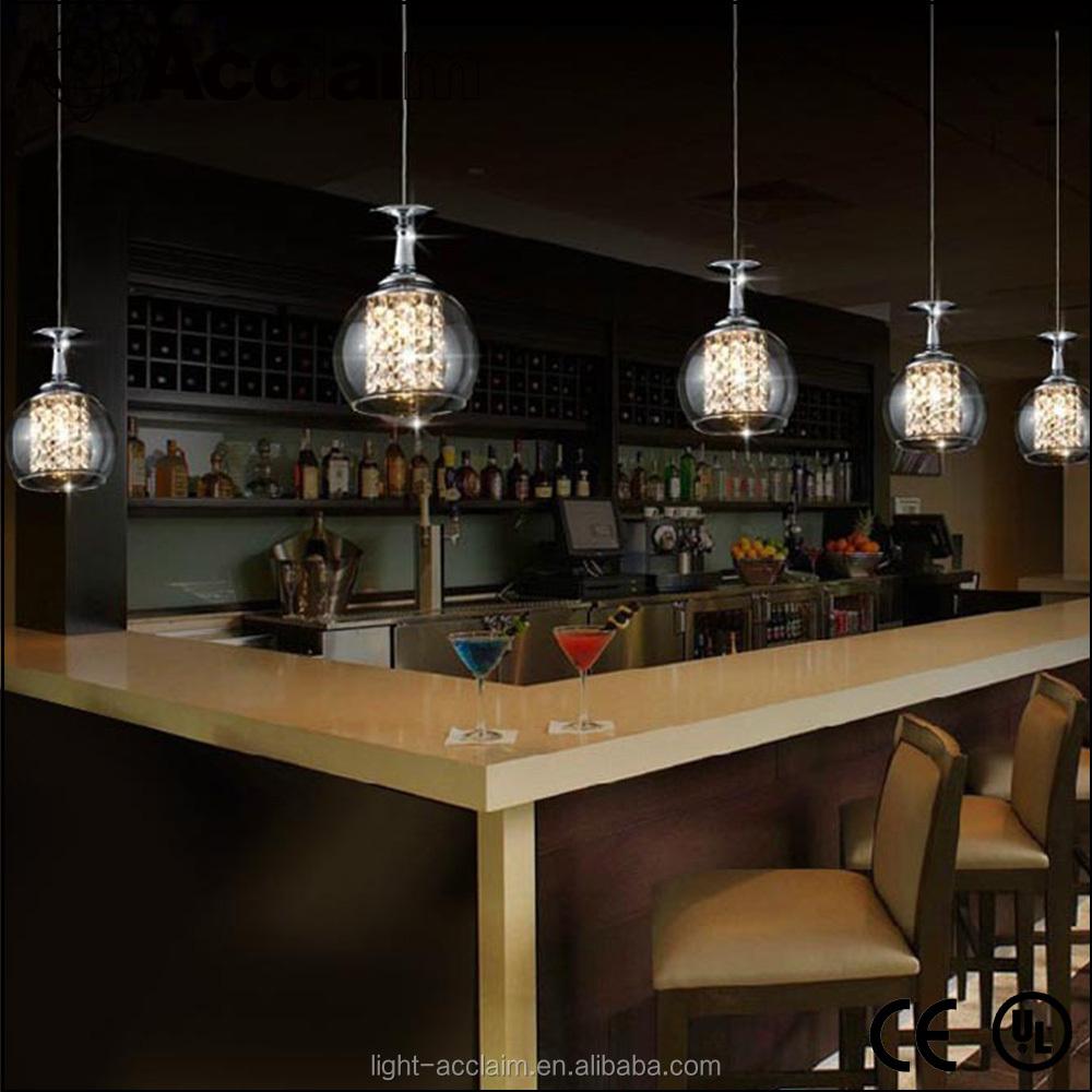 Restaurante bar de vinos en forma de copa cristal - Iluminacion de bares ...
