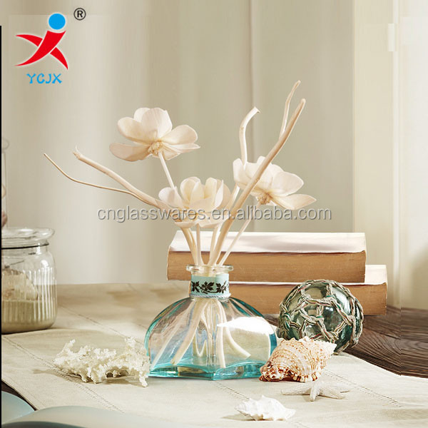 home decorations/transparent large glass vase/ flower in different container/