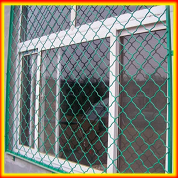cheap wire mesh fence gate/roll&grid fencing