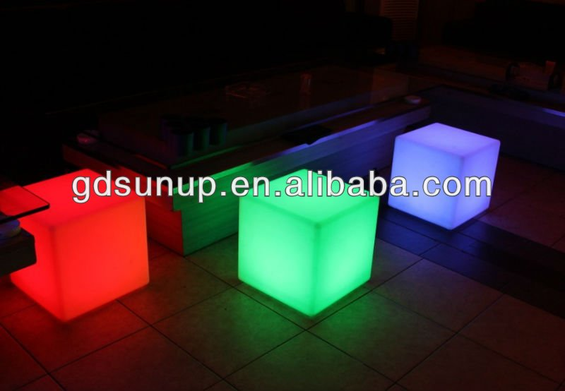 The Euramerican modern shine colorful rechargable LED cube seat light ES001
