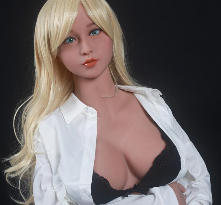Секс кукла в стилі аніме