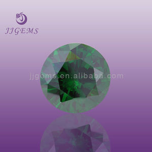 Dark green diamond gemstone in dubai sale
