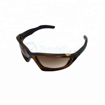 9b0d7bbc203e Fashionable safety glasses low price plastic safety glasses good quality  safety eye glasses CE FDA