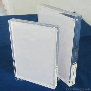 Factory Wholesale 4 x 6 Clear Acrylic Block Picture Frame Photo Frame with Magnetic closure