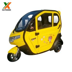 Enclosed three wheel motorcycle