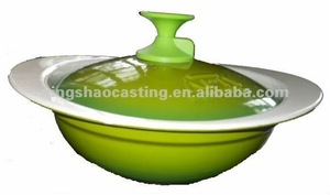 cast iron enamel casserole/wok with precoated sand casting