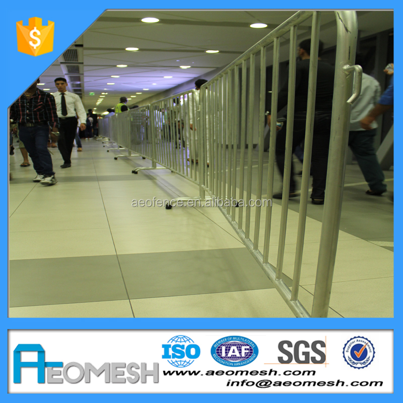 Eye Catching Solution for Events, Hot-dipped Galvanized Metal Pedestrian Barrier/fences