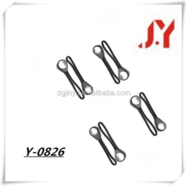 China Supplier design Reflective Logo Rubber Zipper Puller