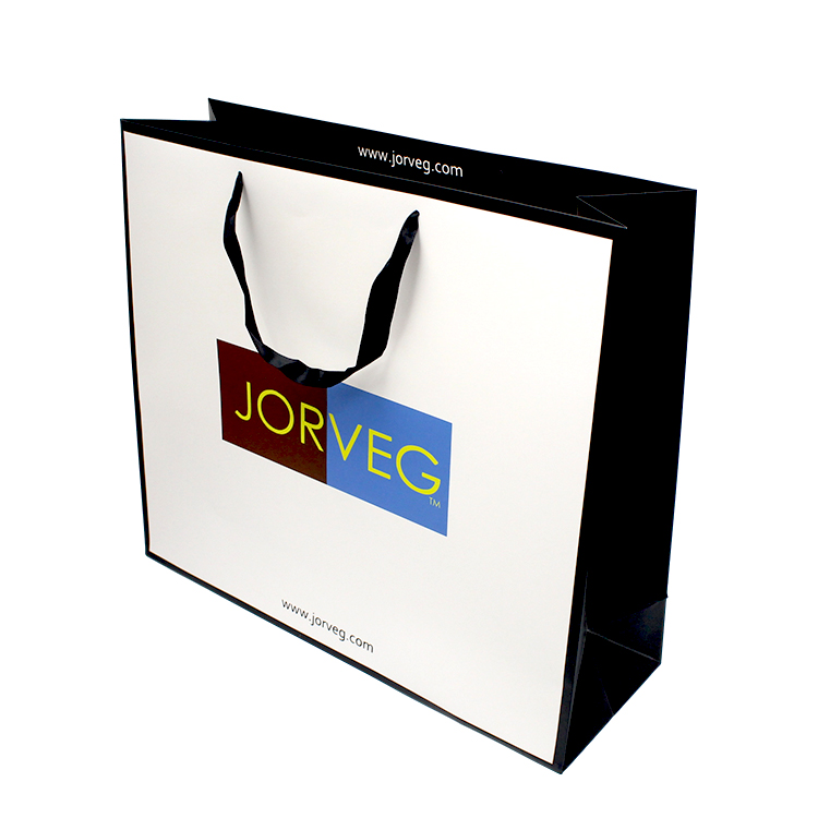Custom clothing gift packaging recycled shopping kraft paper bags with your own logo