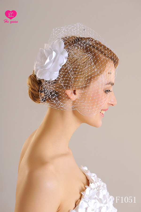F1051New Arrival White Wedding Fascinators/Headpieces With Shiny Diamond