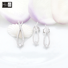 Manufacturer China Vogue 925 Sterling Silver Handmade Stud Eearring Jewelry Set in latest design in Alibaba