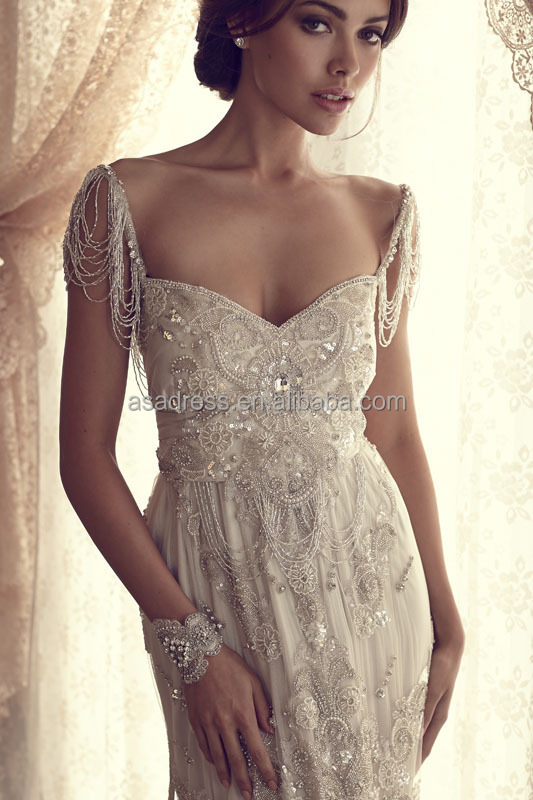 Latest French Style Open Back Wedding Dress Heavy Beaded Gowns Y Lace Liqued Dresses