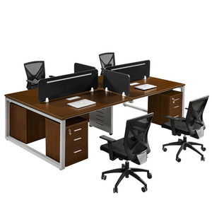Four seater workstation with table top partition
