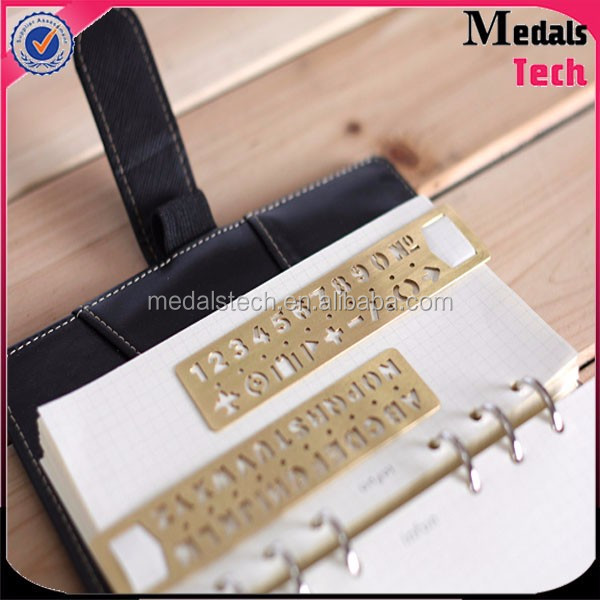 High quality low price gold plated rectangle shape spray metal promotion keychain