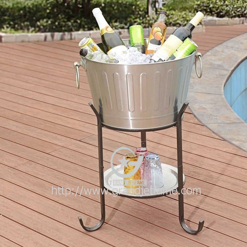 tubs from beverage beyond oval buy outdoor galvanized steel bath stand tub with bed