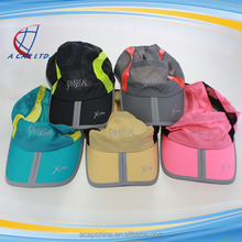 Low Price Custom Waterproof and Light Weight LED Flashing Sports Cap Running Hat