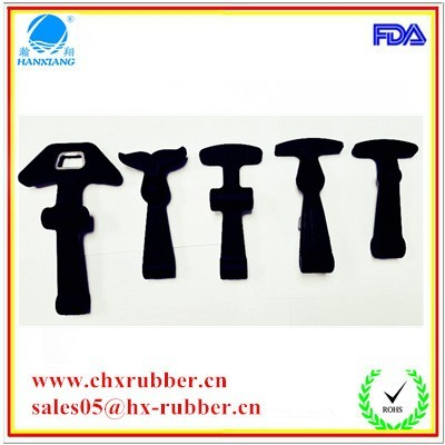 rubber latch T shape latch 2.jpg