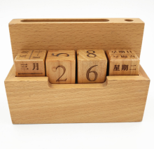 Environmently-friendly tumbling ordinata blocchi di legno <span class=keywords><strong>calendario</strong></span> perpetuo di legno <span class=keywords><strong>calendario</strong></span> perpetuo perpetual <span class=keywords><strong>calendario</strong></span> di legno