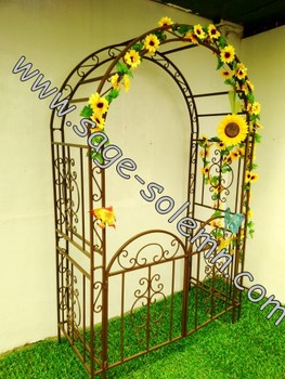 Decorative Artistic Iron Garden Arch With Gate For Wedding