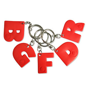 Personalized 3d soft pvc rubber letter m r d key chain keychain custom logo