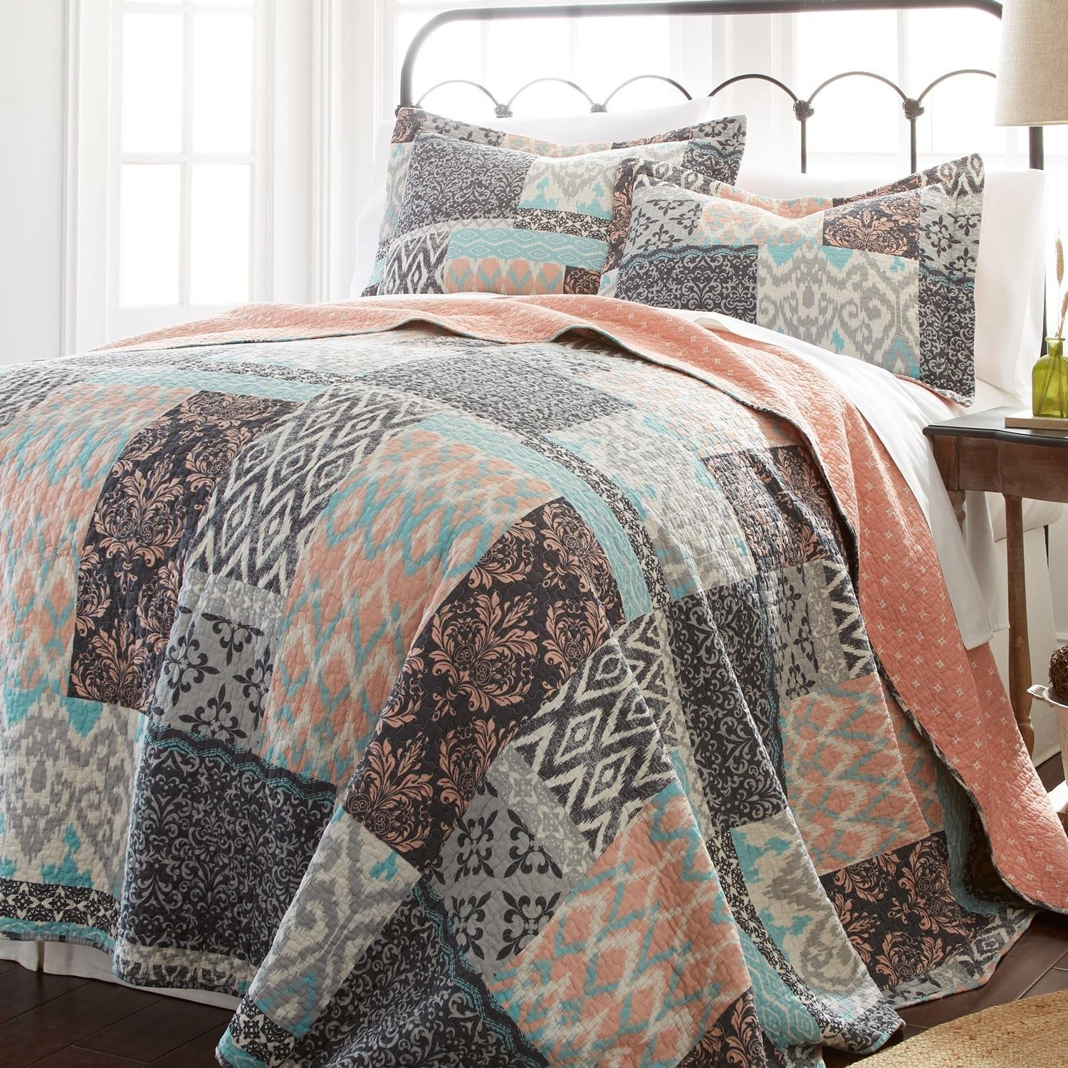 3 Piece Beautiful Pink Blue Grey White Full Queen Quilt Set, Geometric Damask Patchwork Themed Reversible Bedding Teal Grey Diamond Bohemian Boho Cottage Navy Rustic Pretty Vintage Stylish, Cotton