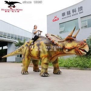 Outdoor High Simulation Dinosaur Ride for Adults and Kids