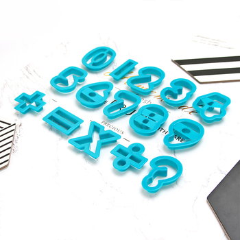 plastic number cookie cutter set