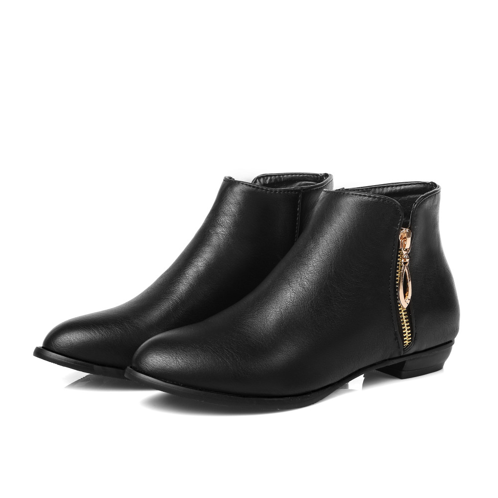 Come and buy best black ankle boots & leather wedge boots and more with free shipping at yageimer.ga FREE SHIPPING WORLD yageimer.ga UP AND GET T POINTS! English. English; Faux Fur Bowknot Low Heel Ankle Boots - Black - + ADD TO BAG. Flat Heel Suede Dark Colour Snow Boots - Black -