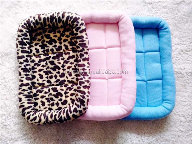 High quality super soft cozy pet bed with paw embroidery cat nest