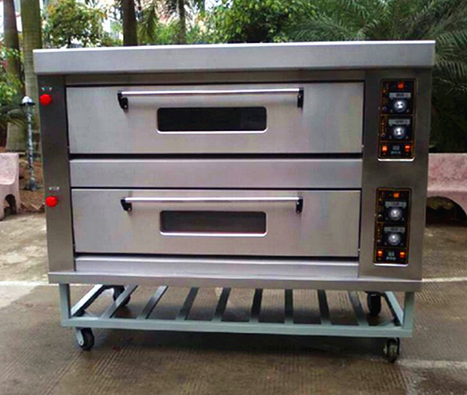 Energy Saving 2 Deck 6 Trays Gas Oven For Bakery