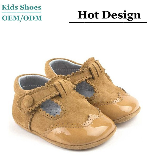 Buckle design handmade leather baby shoes tan color spanish baby booties