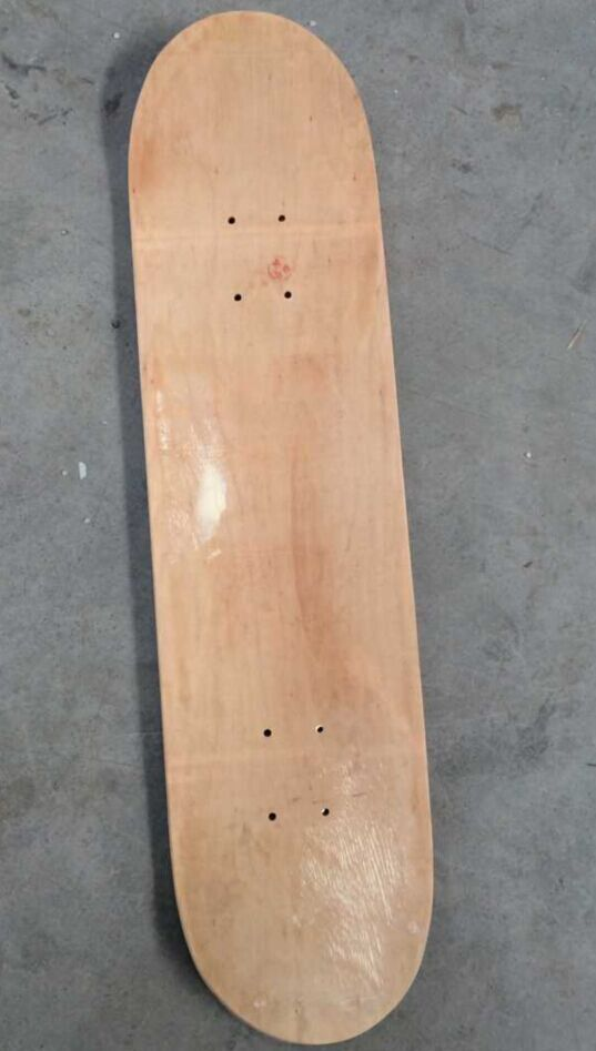Cheap China maple skateboard complete,longboard complete