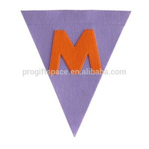 2018 new fashion hotsale handmade China supplier polyester wholesale triangle ornament felt letter M Christmas decorative flag