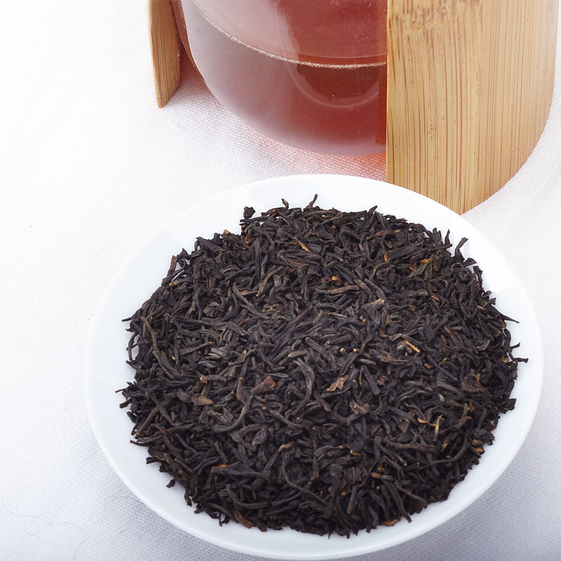 Slim Fast BOP Cinnamon Black Tea in Vietnam