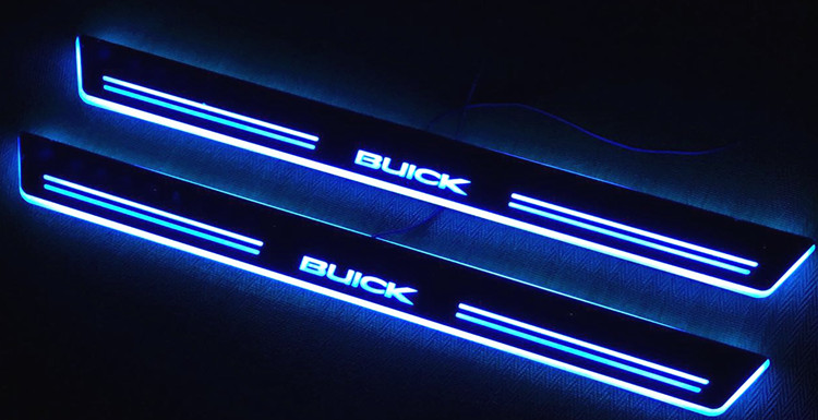 O projeto acrílico RGB conduziu as placas moventes do peitoril da porta guardam para Chevrolet Cruze
